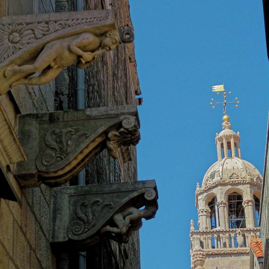 Gárgolas junto a la catedral