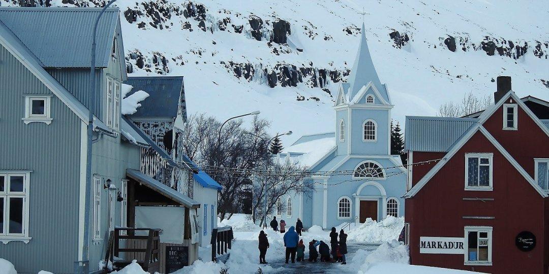 Calle principal de Seyðisfjörður