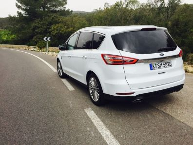 Ford S Max hinten
