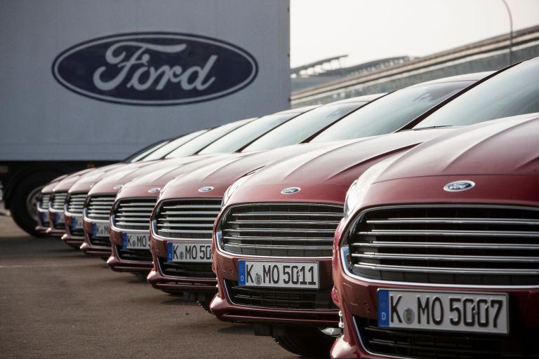 Ford entwickelt Autofenster für blinde und sehbehinderte Beifahrer