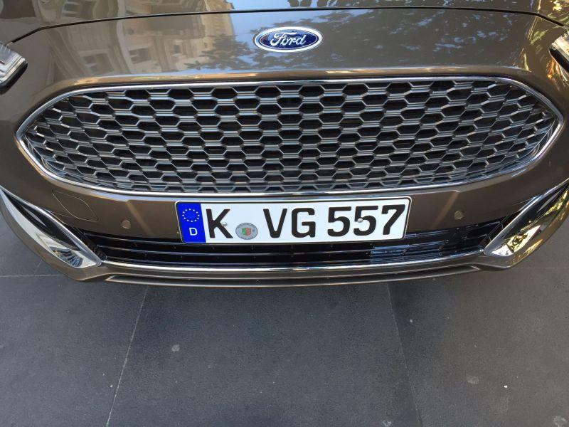 Ford Mondeo Vignale Kühlergrill