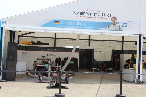 Formula E Berlin 2015 Nick Heidfeld Box