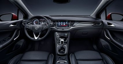 Opel-Astra-Lenkrad-2015