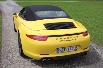 Porsche 911 GTS Heck geschlossenes Dach