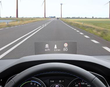 Erstes Volkswagen Modell mit Head-up-Display