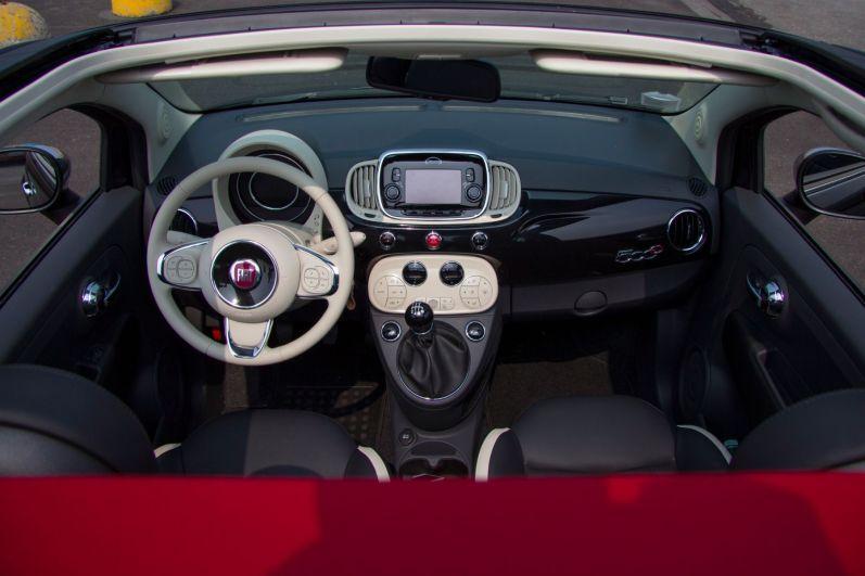 Fiat 500 2015 Cabrio Inneraum Vogelperspektive