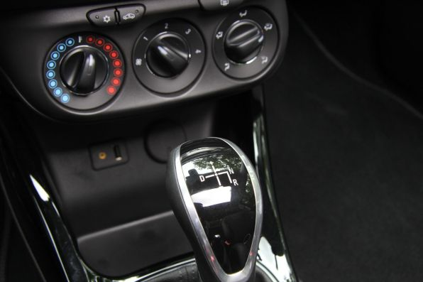 Opel Adam Open Air 5-Gang-Easytronic Schalthebel