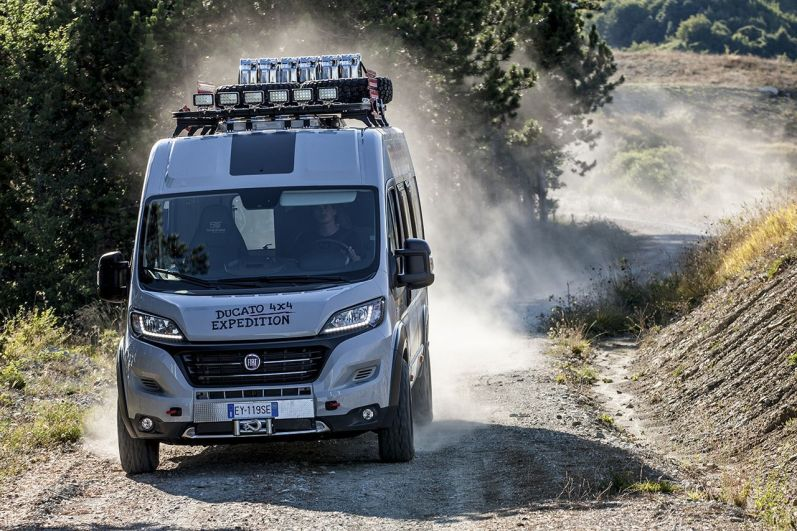 150827_Fiat-Professional_Ducato-4x4-Expedition_04