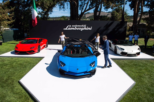 The unveiling of the Lamborghini Aventador SV Roadster