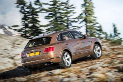 Bentley Bentayga 2015 Seitenansicht