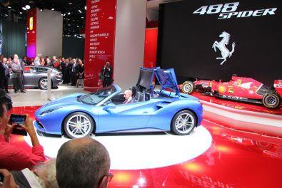 Ferrari 488 Spider IAA 2015 Cabrio Mechanismus