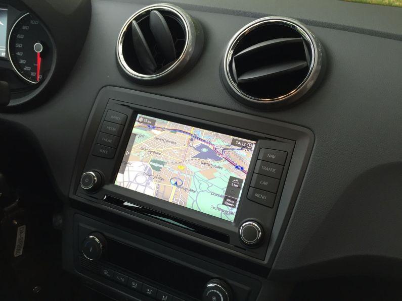 Seat Ibiza Mittelkonsole 2015 (9)