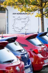 Nürburgring, Nordschleife, die Grüne Hölle - Opel Corsa OPC: die Rennsau!