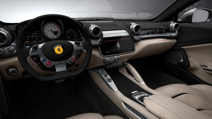 Ferrari GTC4 Lusso Cockpit 2016