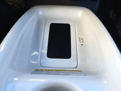 Ladeschale für kabelloses Laden von Mobiltelefonen