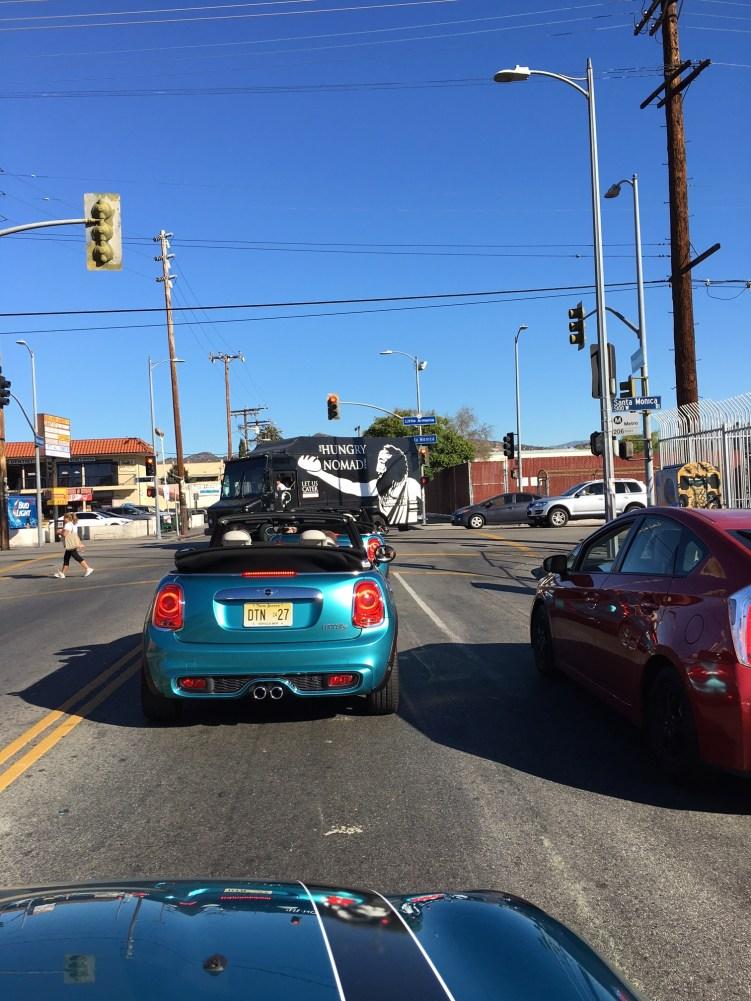 Mini Cabrio F56 auf der Strasse