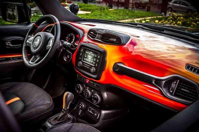 Jeep_Hells-Revenge Cockpit