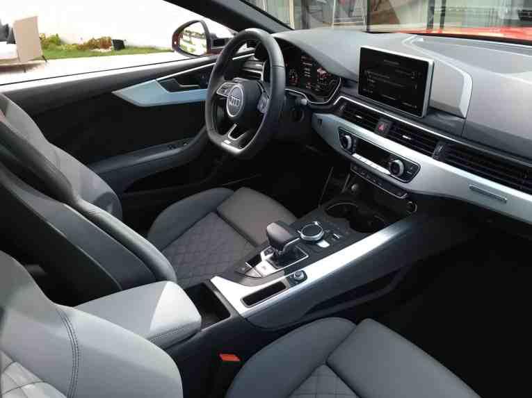 S90 Cockpit