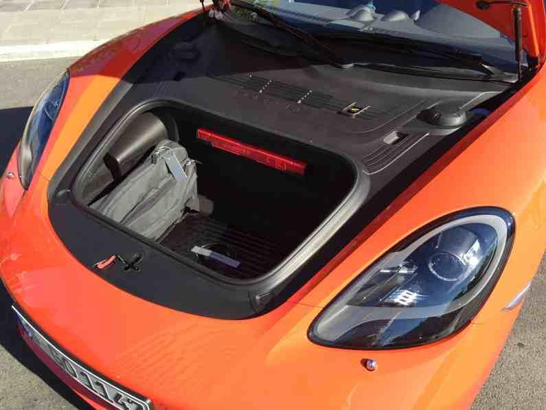 Porsche Cayman Kofferraum