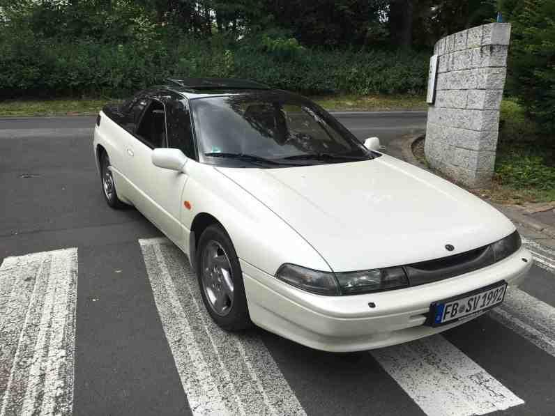 Subaru SVX Front