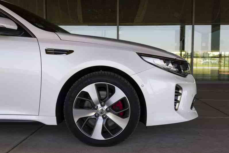 Kia Optima Sportswagon GT Felgen