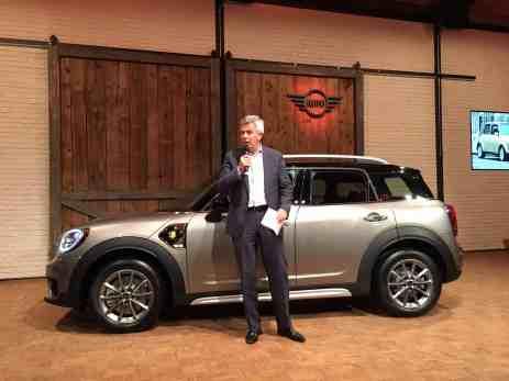 BMW Vorstand Peter Schwarzenbauer