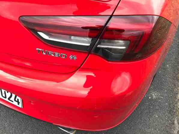 Opel Insignia Grand Sport 2.0 DIT 4x4 Rückleuchte