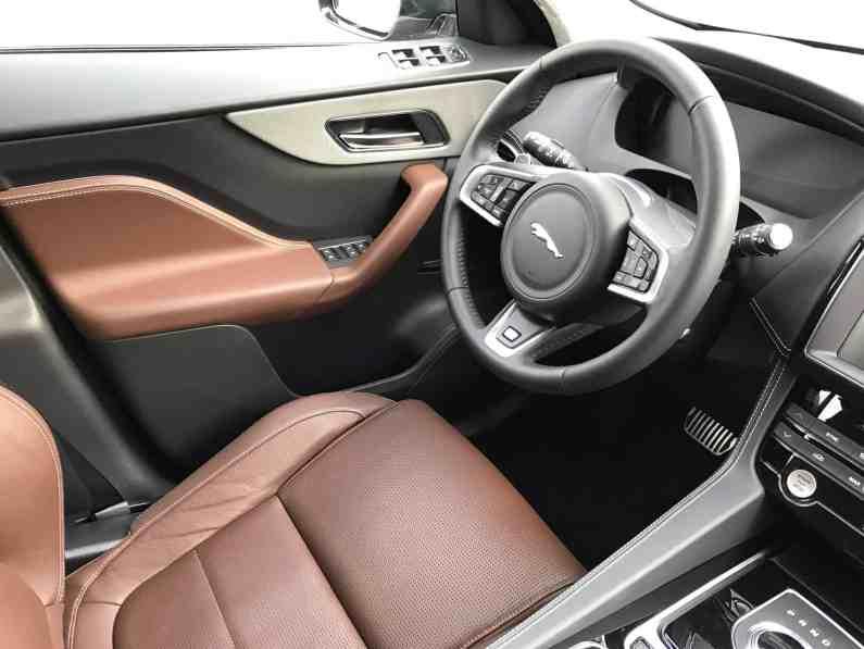 Jaguar F-Pace Lenkrad