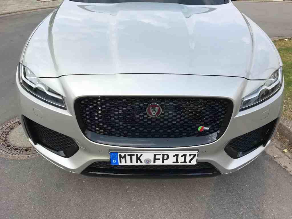 Jaguar F-Pace – Der erste SUV der englischen Sportwagenmarke