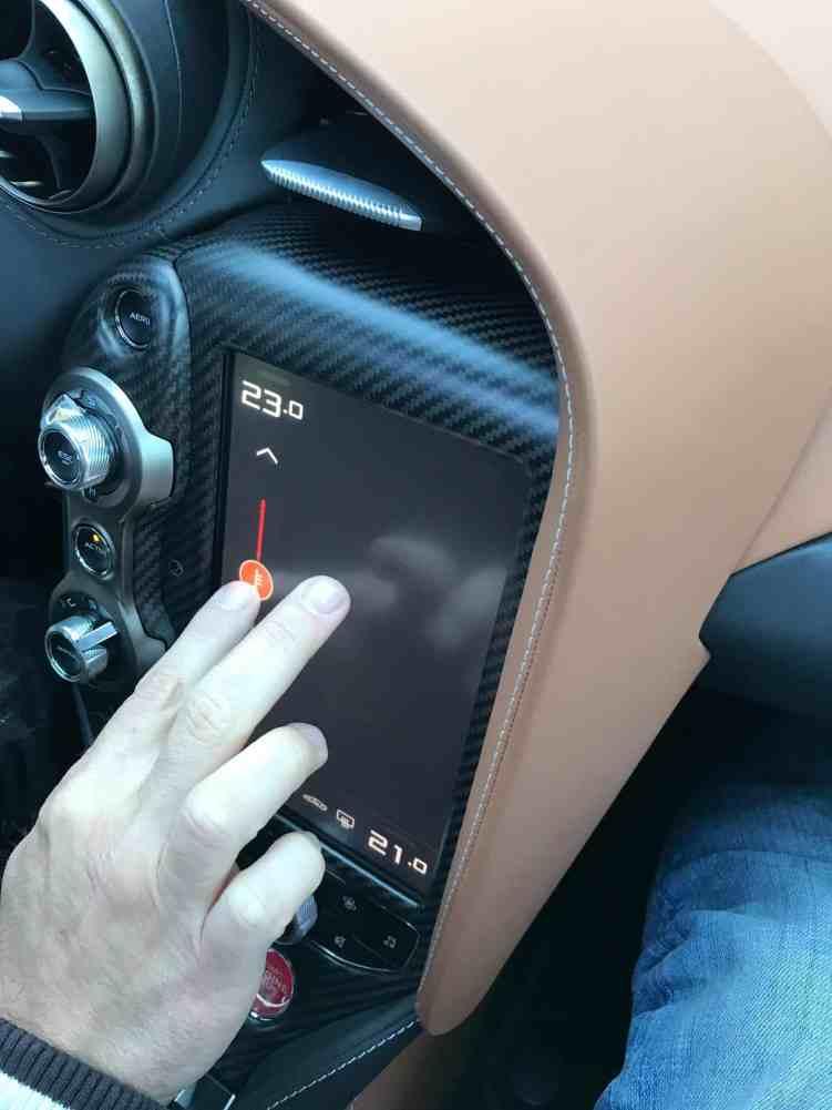 McLaren 720S Touchscreen