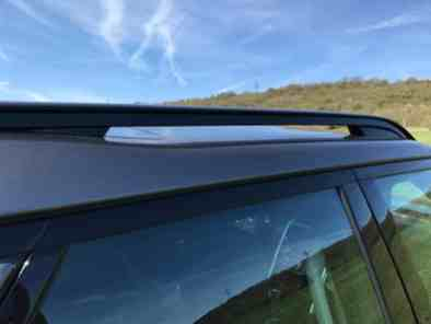 Land Rover Discovery Stufe im Dach