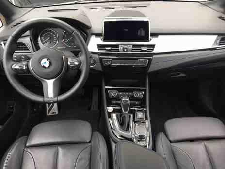 BMW 225xe Active Tourer Cockpit