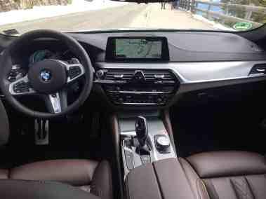 BMW M550i xDrive (G30) 2017 Innenraum