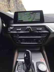 BMW M550i xDrive (G30) 2017 Display