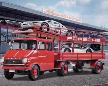 Für die Vitrine: Opel Blitz trifft Porsche