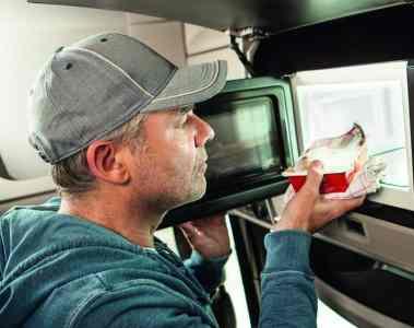 Dometic bietet Mikrowelle für Trucker