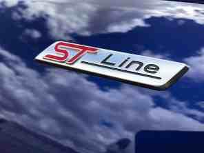 Ford Fiesta Ford St Line Schriftzug