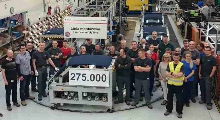 Magna gibt dem Fiat 500 Stoff