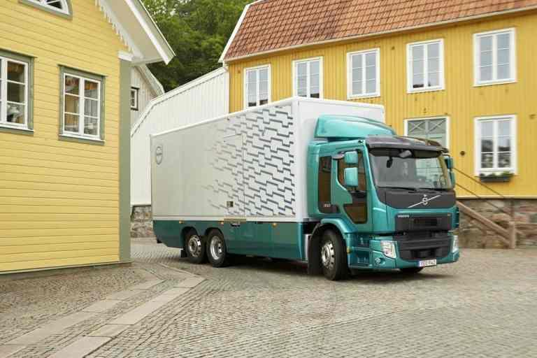 Volvo FE bald auch mit 350 PS