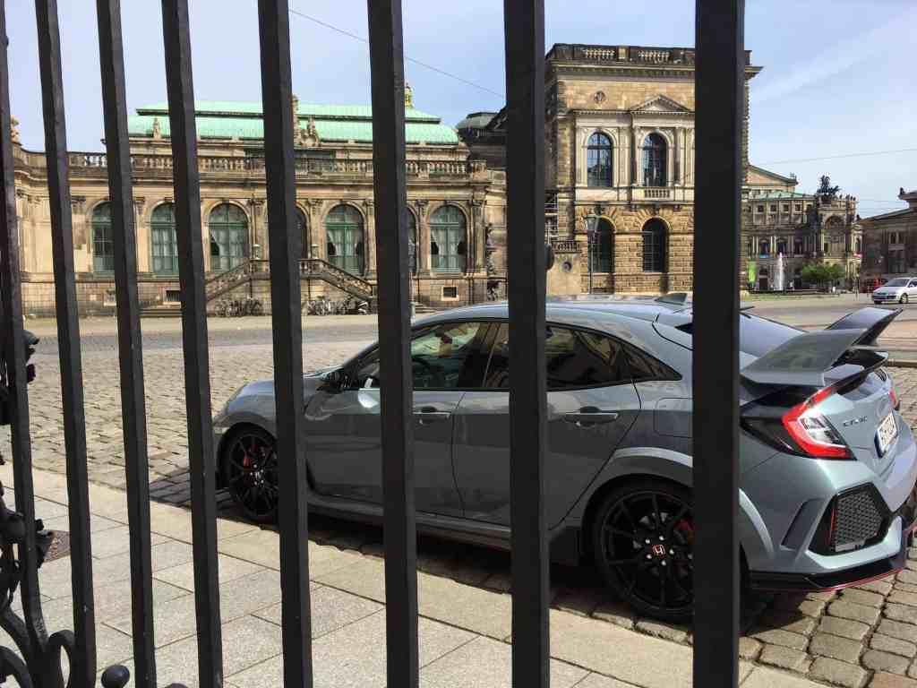 Honda Civic Type R - Kraftvoller Kompakt-Sportler mit Mega-Spoiler