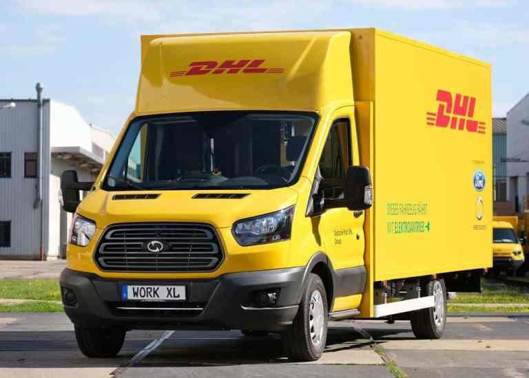 Ford und die Post stellen Elektro-Transporter vor