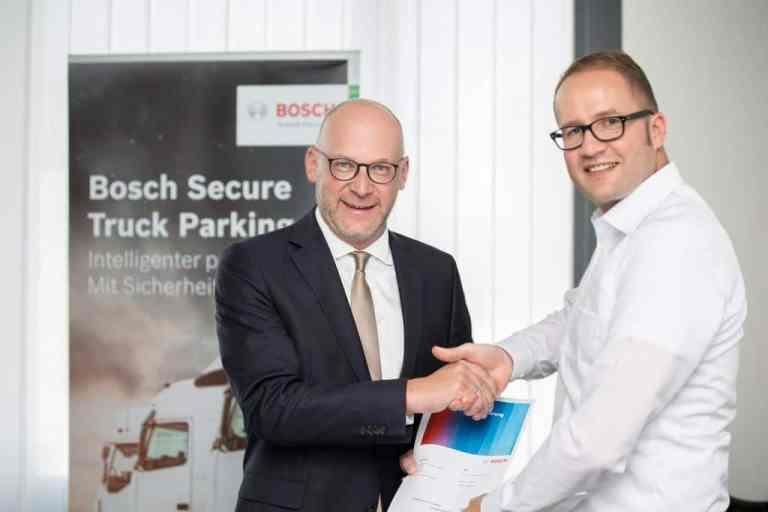 ADAC und Bosch kämpfen gegen Lkw-Parkplatznot