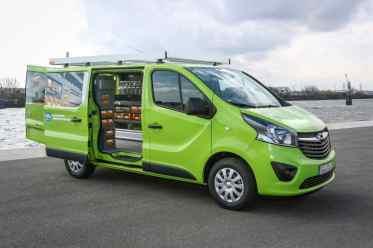 Zertifizierter Umbau: Opel Vivaro mit Werkstatteinbau von StoreVan.