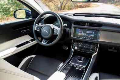 Jaguar XFSB Innenraum
