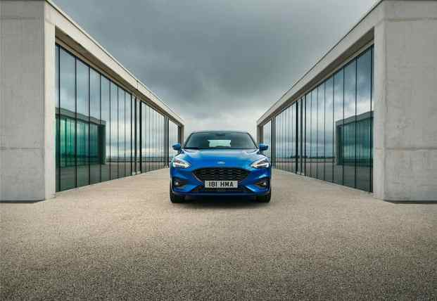 FORD_2018_FOCUS_ST-LINE_
