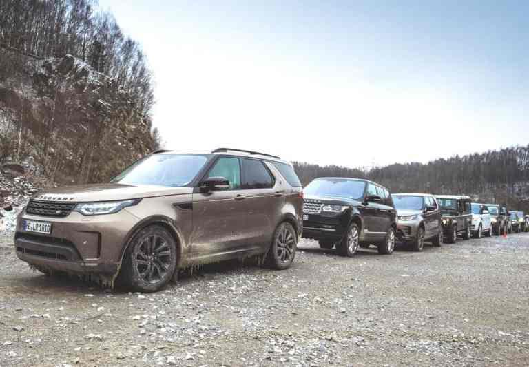 Land Rover will einen neuen Rekord für die längste Fahrzeugparade der Marke aufstellen.
