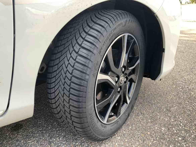 Ein Reifen für alle Jahreszeiten? Der neue Bridgestone Weather Control A005