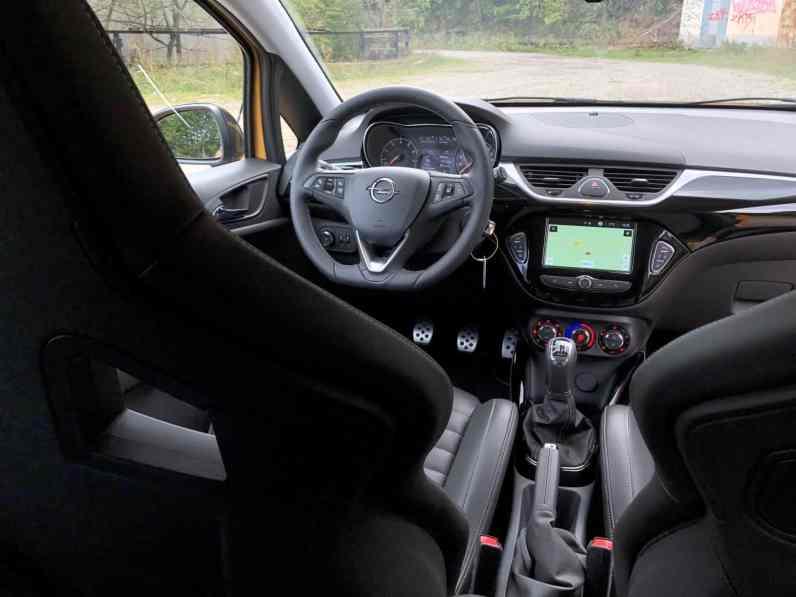 Opel Corsa GSi_025