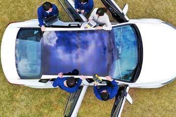 Hyundai und Kia wollen Solarstrom ins Auto holen.