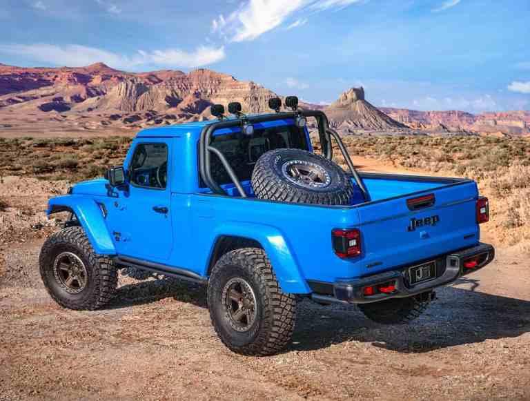 Jeep_J6